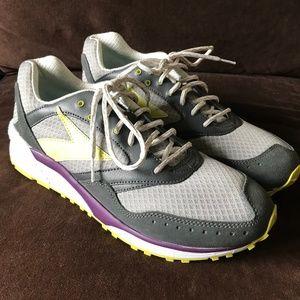 51e4672823928 Brooks Shoes - RARE BROOKS Heritage MOJO promo sample Size 11